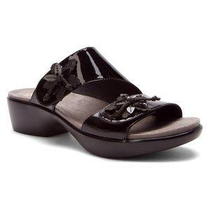 Dansko Donna Black Patent Ladies Slide Sandals